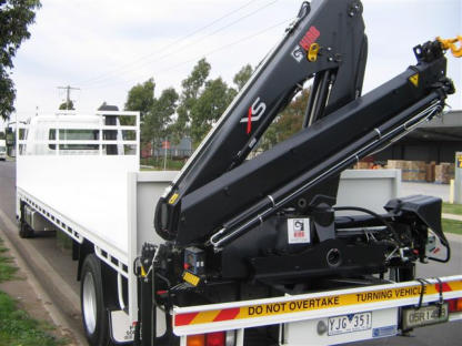 8 Metre Tray Truck With Rear Mounted Crane